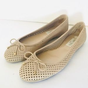 Jimmy Choo woman's Flats size 38.5
